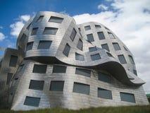 A fachada de derretimento da construção de Lou Ruvo Center para Brain Hea imagens de stock royalty free