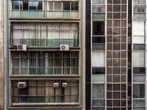 Fachada de dos edificios viejos en Sao Paulo céntrica imagen de archivo libre de regalías