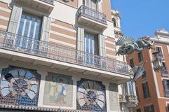 Fachada de la casa de Quadros en Barcelona, España Foto de archivo
