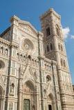 Fachada de la catedral de Brunelleschi en Florencia Imagenes de archivo