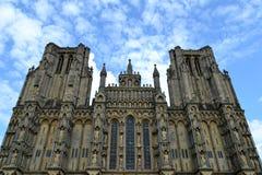 Fachada de la catedral de Wells Fotos de archivo libres de regalías