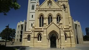 Fachada de la catedral en Perth almacen de video