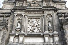 Fachada de la catedral metropolitana en Ciudad de México - México fotos de archivo