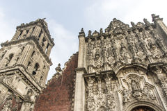 Fachada de la catedral metropolitana en Ciudad de México - México imagenes de archivo