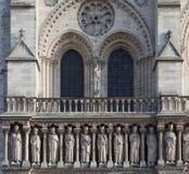 Fachada de la catedral Notre Dame de Paris Imágenes de archivo libres de regalías