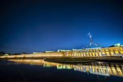 Fachada de la nueva casa del parlamento en Canberra imagen de archivo libre de regalías
