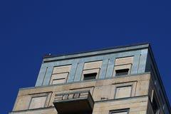 Fachada de piedra moderna en Milán Fotos de archivo libres de regalías