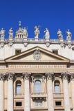 Fachada de St Peters Basilica Imagem de Stock