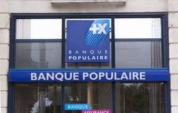 Fachada de um populaire do banco em Paris Amsterdão Imagens de Stock Royalty Free