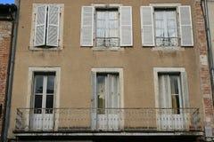 A fachada de uma casa privada em Cahors, França Foto de Stock