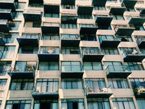 Fachada de uma construção moderna no viña Del Mar, o Chile Fotos de Stock