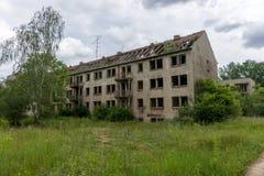 Fachada de un edificio abandonado Fotos de archivo libres de regalías