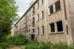 Fachada de un edificio abandonado Fotografía de archivo