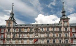 Fachada de un edificio histórico Imagen de archivo libre de regalías