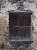 Fachada de una casa francesa vieja Fotos de archivo libres de regalías