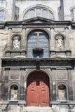 Fachada de una iglesia histórica Foto de archivo libre de regalías