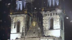 Fachada del castillo de Praga de los elementos del vintage, arquitectura europea antigua, herencia almacen de metraje de vídeo
