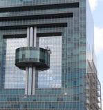 Fachada del edificio de alta tecnología del estilo Fotos de archivo