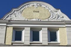 Fachada del edificio de Nouveau del arte Imágenes de archivo libres de regalías