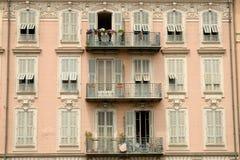 Fachada del edificio en Niza Francia Imágenes de archivo libres de regalías