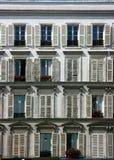 Fachada del edificio en París Imagen de archivo libre de regalías