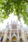 Fachada del norte de la abadía del ` s Westminster de Londres en la arquitectura gótica s Fotografía de archivo libre de regalías