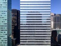 Fachada del rascacielos de Nueva York fotografía de archivo