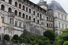 Fachada del renacimiento en el castillo de Blois. fotografía de archivo