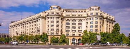 fachada do arhitecture do quadrado de Constitutiei, Bucareste Imagens de Stock