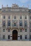 Fachada do palácio foto de stock