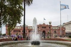 Fachada la Argentina de Rosada de las casas de Plaza de Mayo Imagenes de archivo