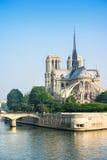 Fachada meridional de Notre Dame de Paris París, Francia Foto de archivo libre de regalías