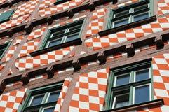 fachada Metade-suportada com laqueação colorida Fotografia de Stock Royalty Free