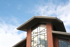 Fachada moderna da igreja Fotos de Stock Royalty Free