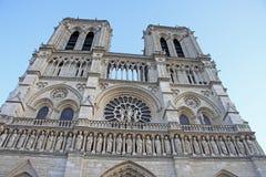 A fachada ocidental do Notre-Dame de Paris Imagens de Stock