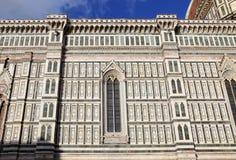 Fachada ornamentado da abóbada da catedral de Santa Maria del Fiore, Fotografia de Stock Royalty Free