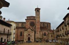 Fachada posterior maravillosa de Santa Maria Cathedral In Siguenza Arquitectura, viaje, renacimiento Foto de archivo