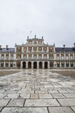 Fachada principal. O palácio de Aranjuez, Madri, herança de Spain.World senta-se fotos de stock