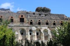 Fachada romana antigua en Pompeya, Italia foto de archivo