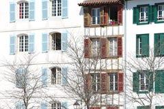 Fachada típica da construção Imagem de Stock