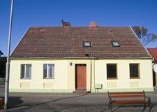 Fachada vieja de la casa, Polonia. Foto de archivo libre de regalías