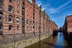 Fachada vieja del ladrillo de Speicherstadt famoso Hamburgo Fotografía de archivo libre de regalías
