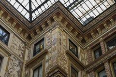 Fachadas adornado pintadas y adornadas del Galleria Sciarra Foto de archivo libre de regalías