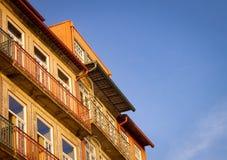 Fachadas calientes en Ribeira foto de archivo