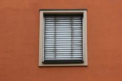 fachadas con las puertas y ventanas u ornamentos en edificios del hola Fotos de archivo libres de regalías