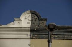 Fachadas renovadas coloridas velhas em Newtown, Sydney foto de stock