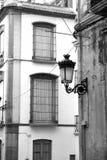 Fachadas viejas de la ciudad Foto de archivo