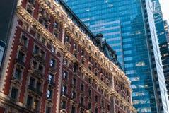 Fachadas viejas y nuevas, NYC Fotos de archivo libres de regalías