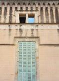 Fachadas viejas y preservado por el paso de los años fotos de archivo