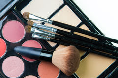 Fachowa makeup paleta z makeup muśnięciem Zdjęcia Royalty Free